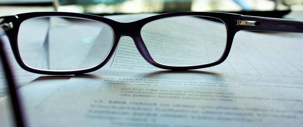寄稿者が投稿と固定ページを書き、管理者が承認するフローを実現する