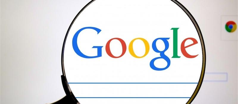 Googleで検索をするときに、あるドメインの中だけ検索する or しない を指定する方法